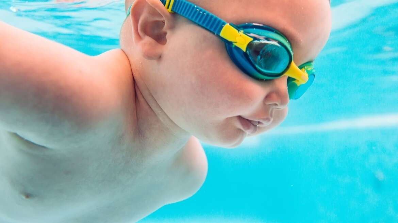 Pływanie niemowląt